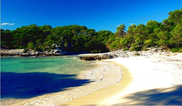 Cala Turqueta - una playa como un sueño