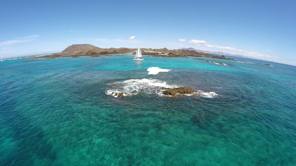 Catamaran experience to Isla de Lobos