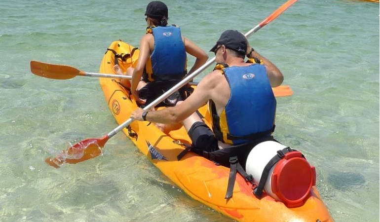 Double kayak in Minorca to rent