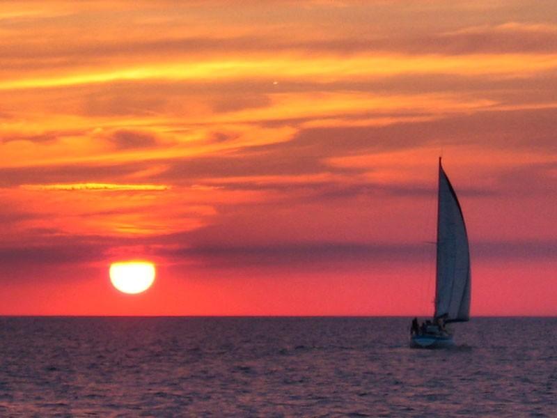 Sunset off Minrc