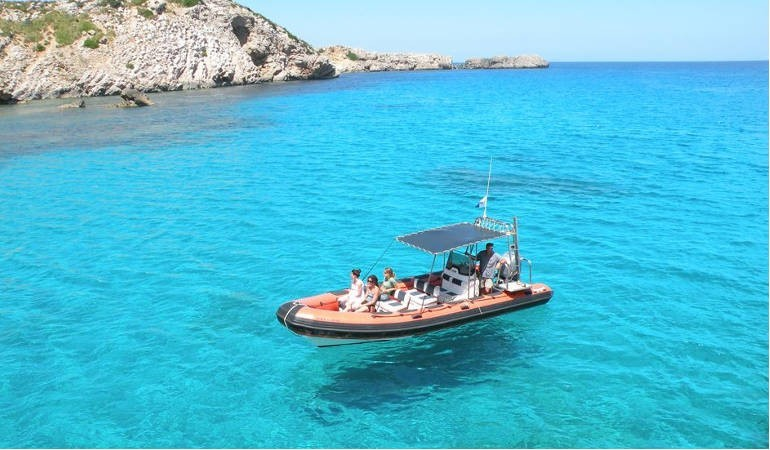 Speedboat excursion Minorca with snorkeling