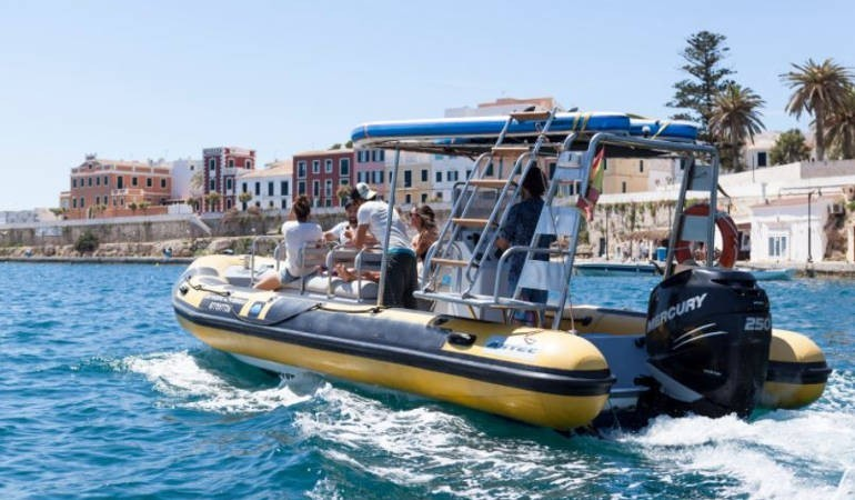 Speedboat excursion Minorca