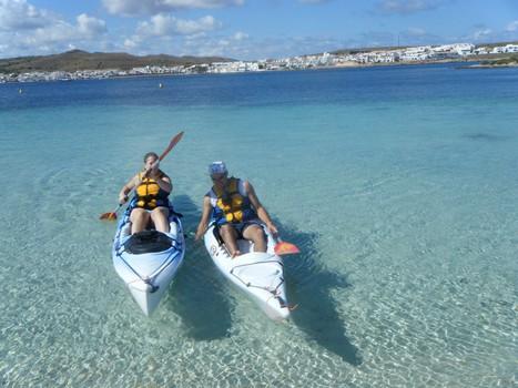 single kayak to rent