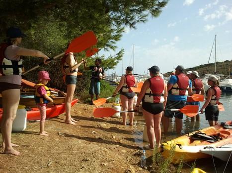 kayak excursion in Addaia