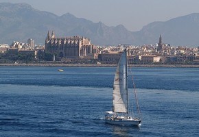 Sailing day trip in Palma of Majorca (Exclusive)