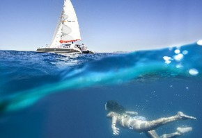 http://static.andronautic.com/photos/activity/small/attraction-catamaran-sailing-excursion-cb664baf-9.jpg
