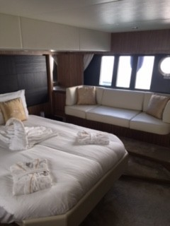 56 Fly 2015 Yachts Charter In