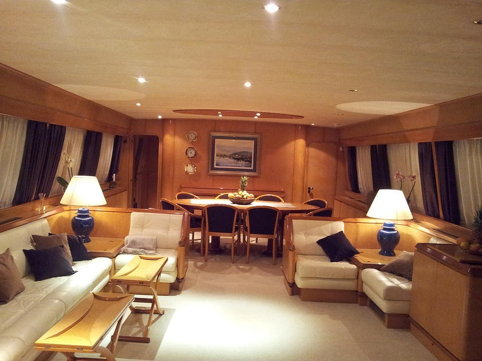 90 1994 Yachts Charter In