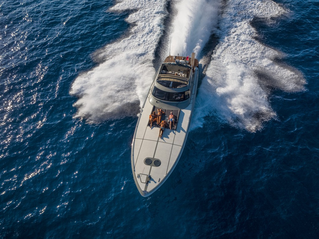 Azzurra 62 2005 Mallorca Charter Point