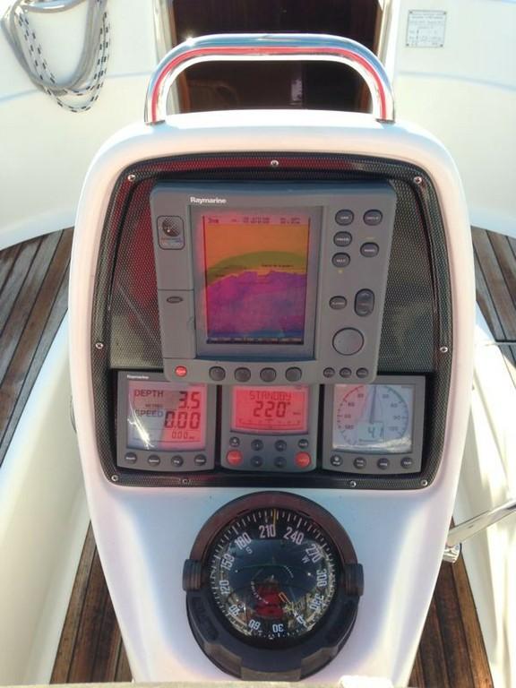 30  2006 Surcando Mares