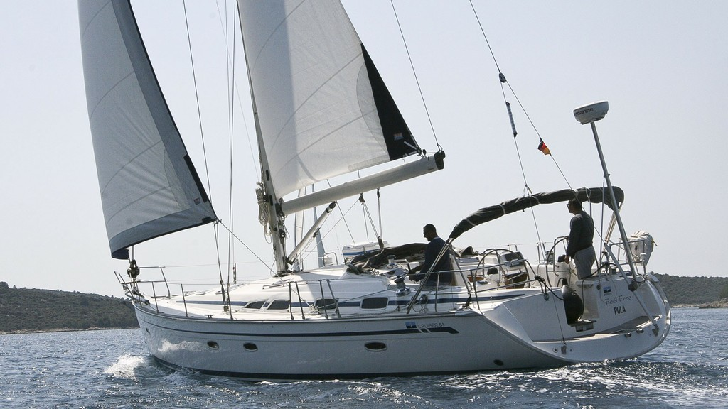 51 Cruiser 2010 First Class Sailing