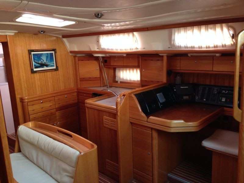 Bavaria 50 Cruiser Salon