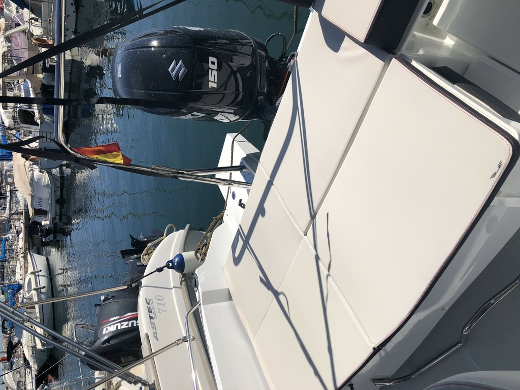 Flyer 6.6 SpaceDeck 2018 Be Charter