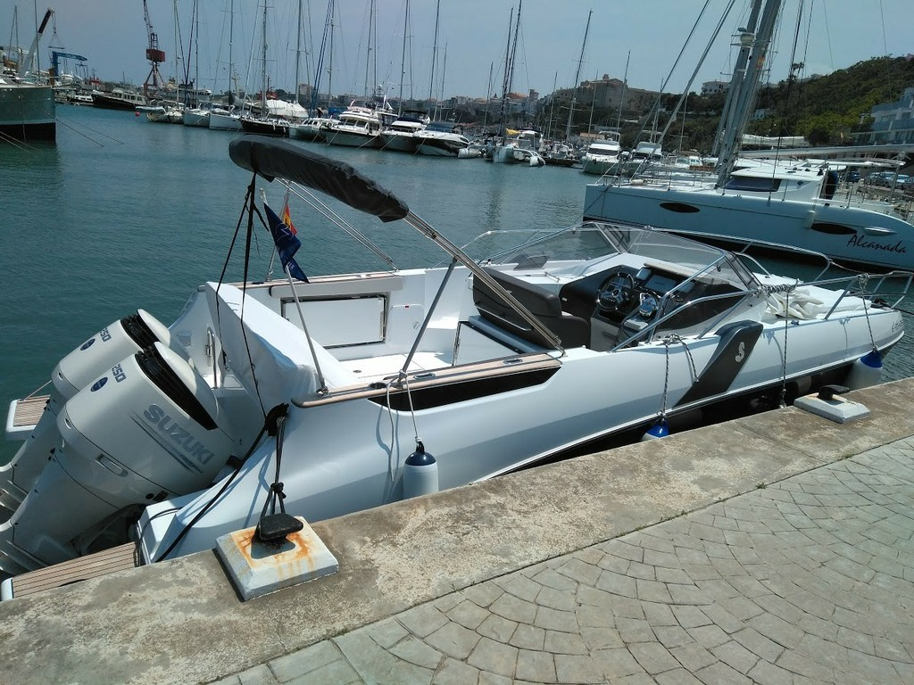 FLYER 8.8 SUNDECK 2017 Nautic Fun Menorca