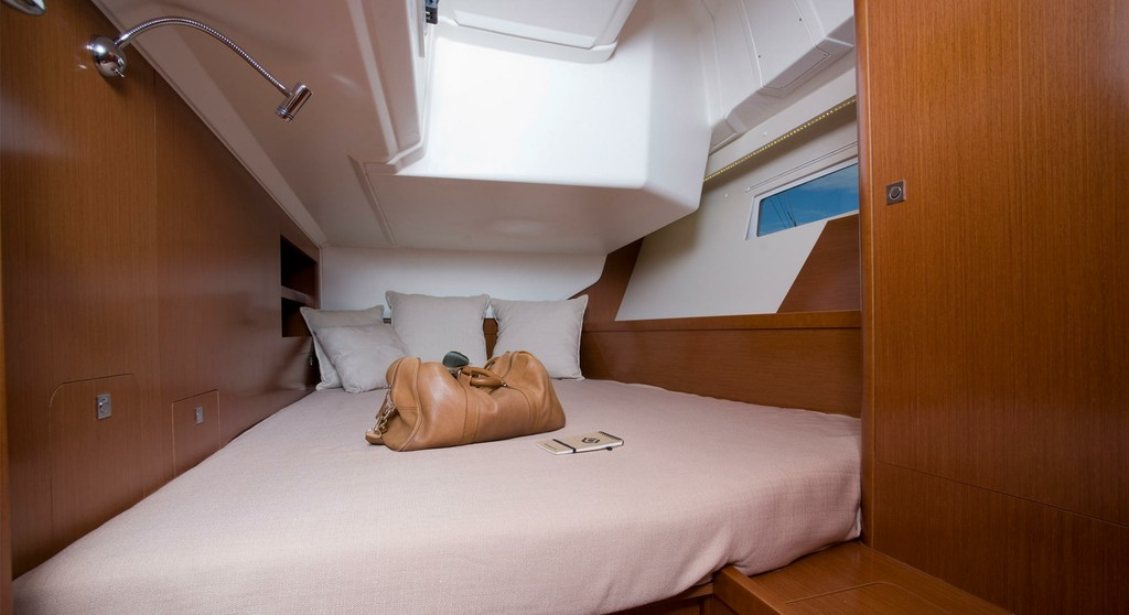 Oceanis 45 2014 Menorca Cruising