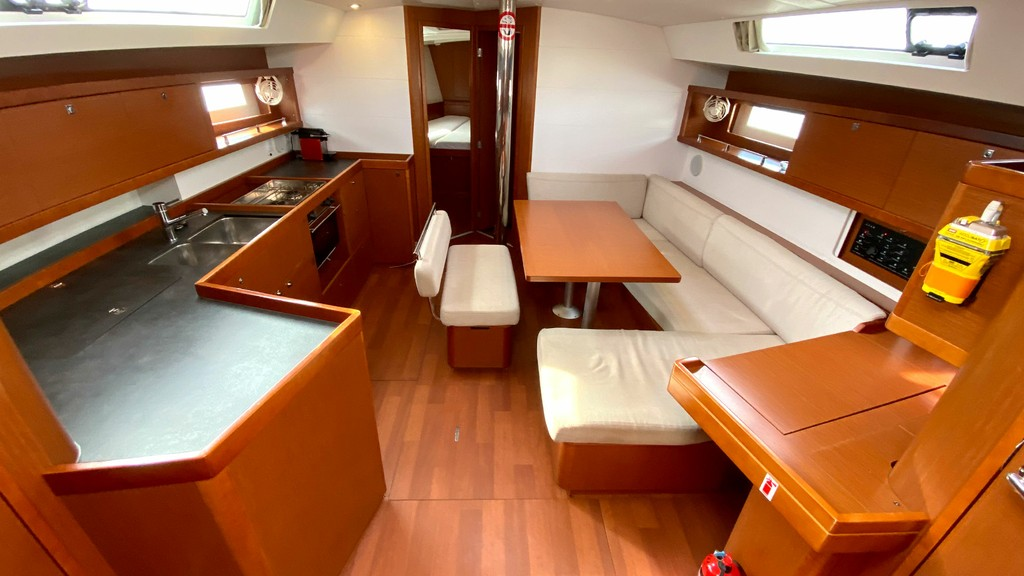 Oceanis 45 2017 First Class Sailing Spain (Yates Baleares)