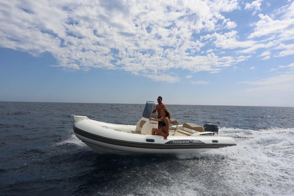 Tempest 570 2017 Nautic Fun Menorca