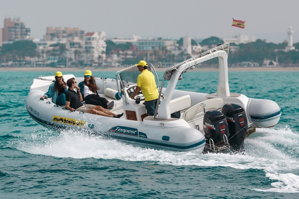 TEMPEST 750 TOP 2014 Smile Boats