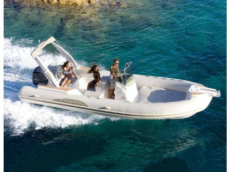 Capelli Tempest 770 2018 Nautic Fun Menorca