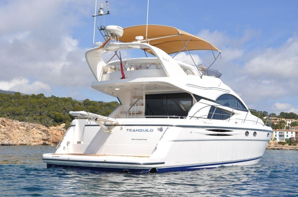 Phantom 50 2007 Yachts Charter In