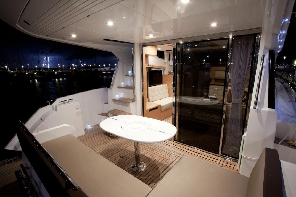 420 2014 Yachts Charter In