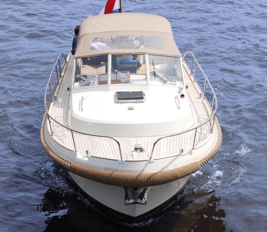 Intercruiser 29 2020 Nautinort Charter S.L.