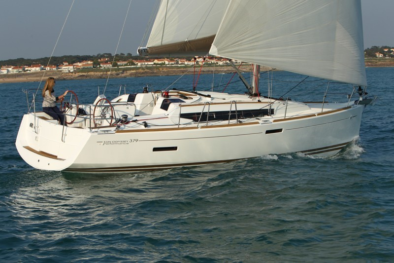 Under Sail cruesa