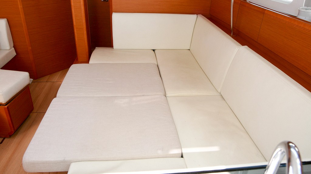 Sun Odyssey 43.9 2014 First Class Sailing Spain (Yates Baleares)