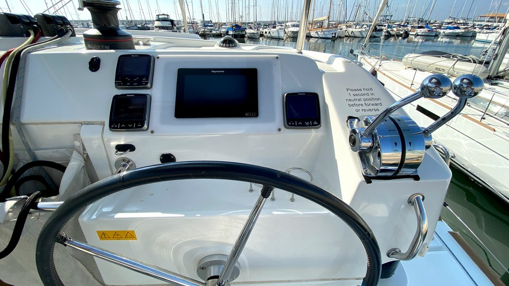 39 2014 First Class Sailing Spain (Yates Baleares)