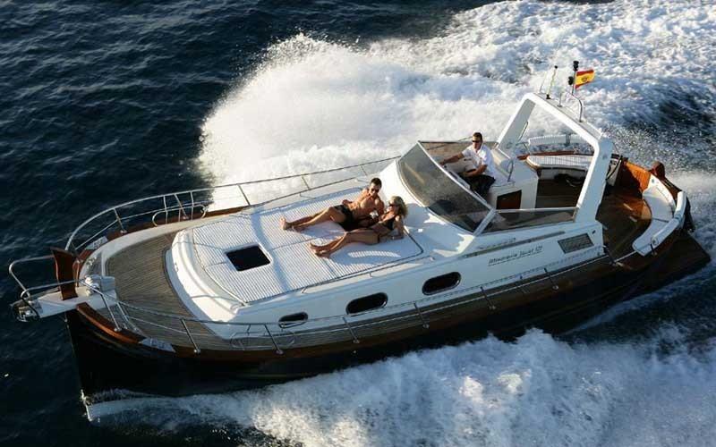 menorquin-yachts-120-open-topbr