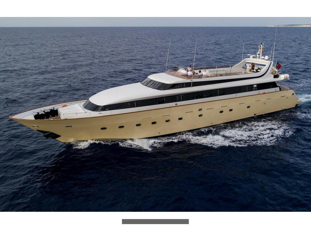 "Mondomarine 120 ""Paula III"" auf Ibiza (Elemento Yachts)"
