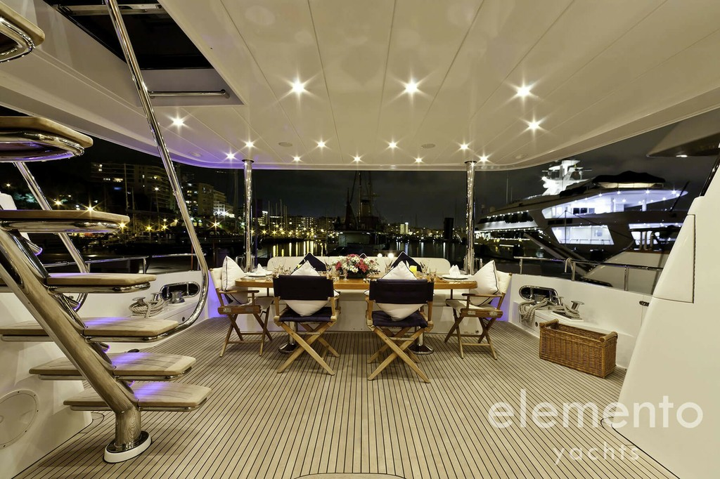 Yacht Charter in Majorca: Monte Fino 78 seating area on the aft deck.
