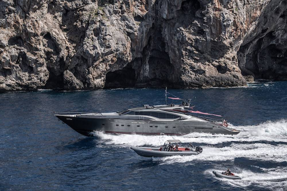 120 2003 Yachts Charter In