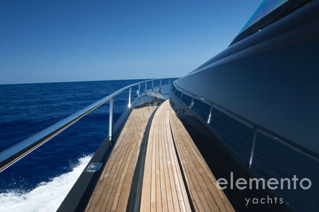 Yacht Charter in Majorca: Palmer Johnson 120.