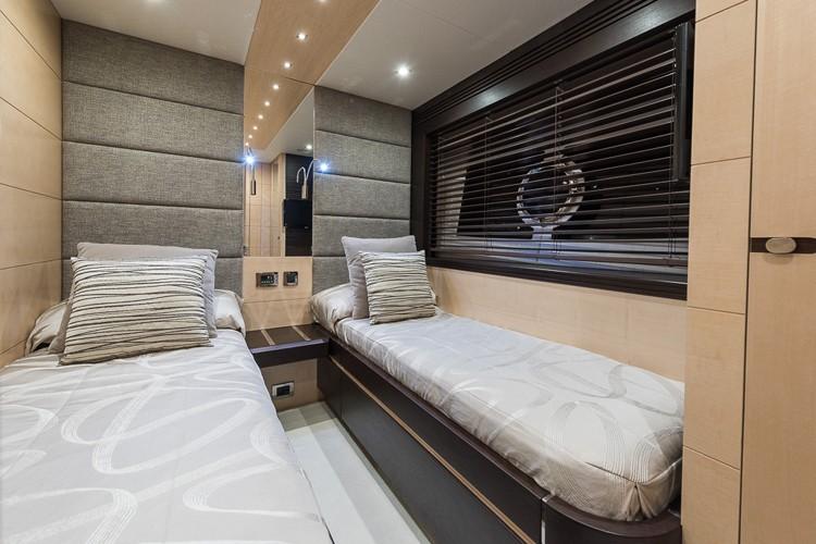 80 Sport Yacht 2015 Charter
