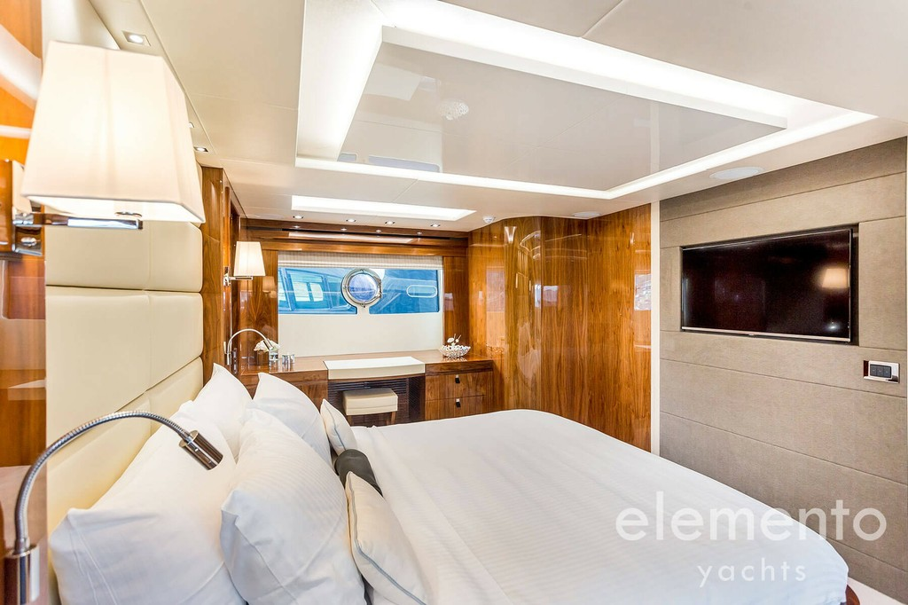 Yacht Charter in Majorca: Sunseeker 86 Yacht impressive master cabin with tv.