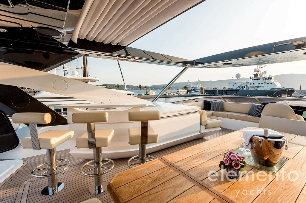 Yacht Charter in Majorca: Sunseeker 86 Yacht large flybridge with bimini open.