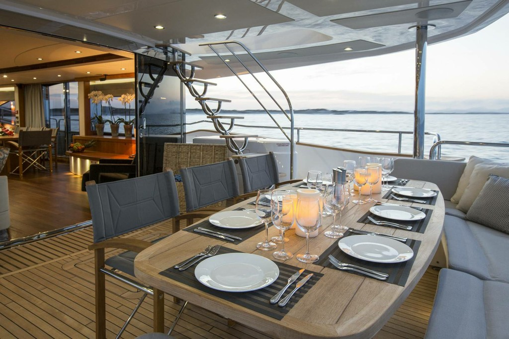 90 2014 Yachts Charter In