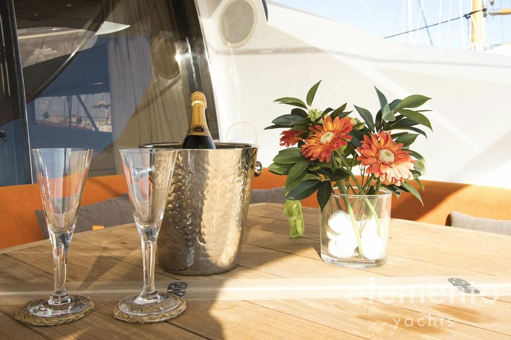 Yachtcharter auf Mallorca: Sunseeker Predator 82.