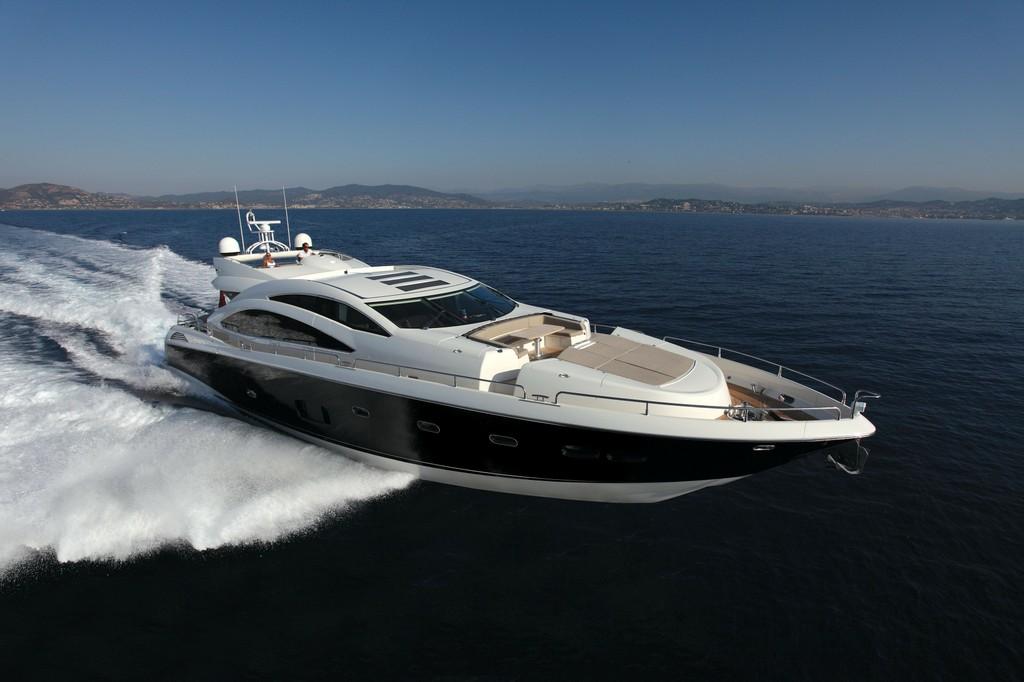 Predator 84 2010 Yachts Charter In