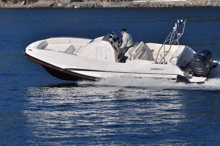 87 Well Deck 2012 Nautinort Charter S.L.