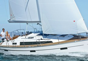 cruiser 37-2 2016 First Class Sailing