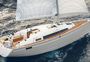 Bavaria cruiser 33 sailing